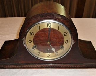ANTIQUE CHIME CLOCK WITH KEY - PRE WWI 1912ca