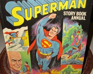 RARE SUPERMAN STORY BOOK ANNUAL - 1968 and IN GREAT CONDITION!