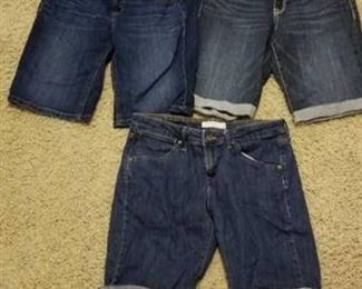 Levi's Size 8 Denim Shorts