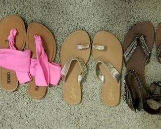 Three Pr Flip Flop Sandals Sz 8.5 - 9M