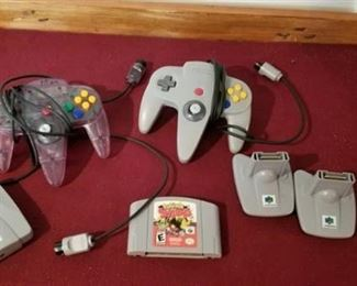 Nintendo Corded Controllers, Memory Packs and Game