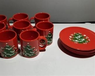 Waechtersbach Germany Christmas Plates and Cups Set