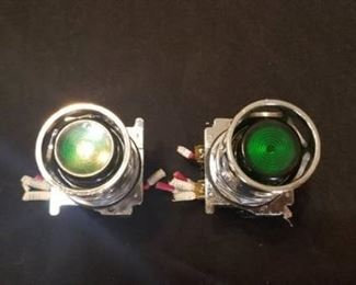 Two Green Lamps / Lights