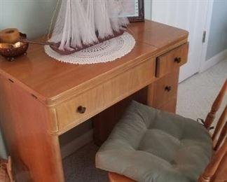Empty sewing machine cabainet