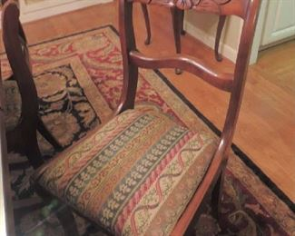 Duncan Phyfe Chair that matches the table 1 of 6