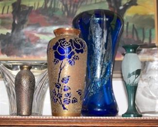 Many Pieces of Quality Art Glass
