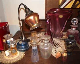 Quality Glass Pieces and Vintage Lamp