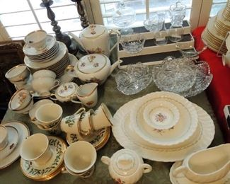 CHINA: Complete Sets and dishes only- Johnson Bros Pareek, Wood and Sons, Lenox Rhodora, Johnson Bros Moreton Old Hall, Mason's, Wood and Sons, Constantia South Africa white, Wedgewood Queen's Ware Moreton Old Hall