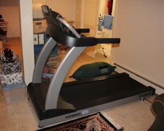 Performance 300 Treadmill