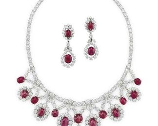 LOT 901 Ruby Necklace Set