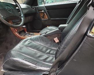 Drivers seat has no tears
