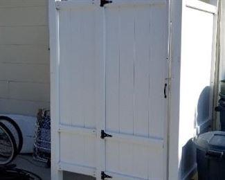 Vinyl shower enclosure