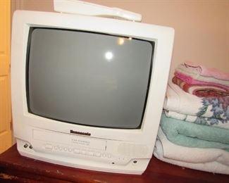 Panisonic TV/VHS/Radio