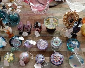 WONDERFUL PAPER WEIGHT COLLECTION
