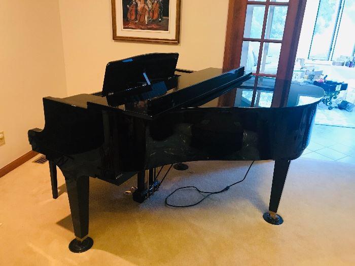K. Kawai GM-10 Baby Grand Piano
