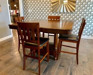 Tall square kitchen table w/4 chairs -leather seats