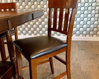 Tall kitchen/dining table w/4 chairs