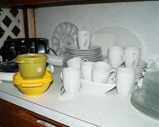 white dishes, Tupperware, clear dessert set, small appliances