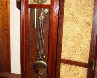 Grandfather clock, room screen