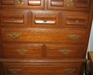 chest of drawers   BUY IT NOW $ 85.00