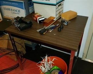 Table, misc garage items