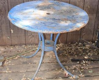 Vintage Blue Round Patio Table