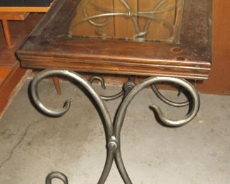 Decor Accent Table, End Table, Lamp Table with Metal Legs