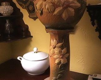Roseville Pottery Jardinere