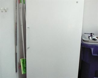 GE 17 cubic foot Freezer in excellent shape !