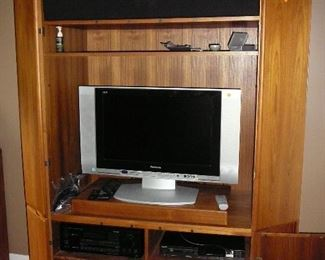 High Quality Danish designed Entertainment Cabinet