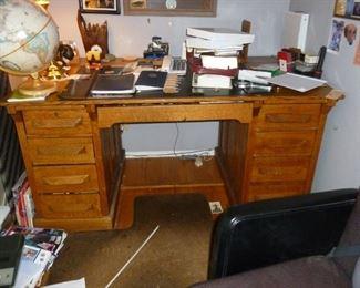 Old oak desk in great shape