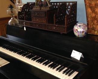 Black Metropolitan piano