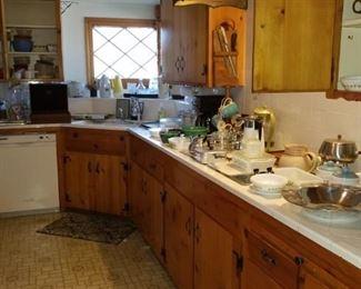 "Vintage kitchen: Pyrex, corningware, Misc Franciscan ""Starburst"" pieces, milk glass, 1950s and 1960s appliances"