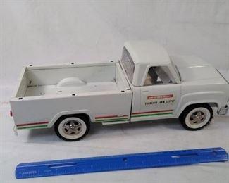 vintage Tonka cyanamid Farm Supply truck