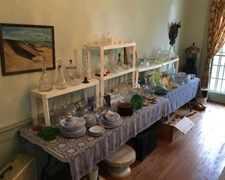Elegant housewares,  Vintage and antique glassware