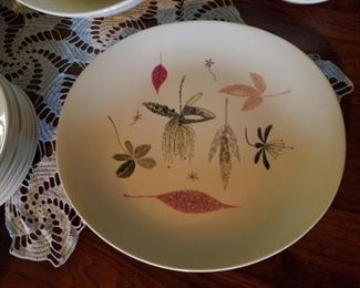 mid century dish set....very cool