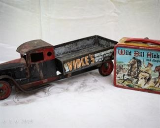 Antique and vintage toy and lunchbox