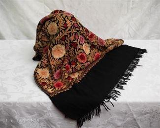 Vintage Piano scarf