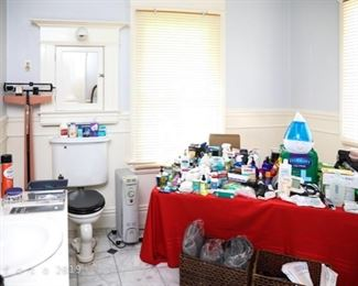 Large selection of bathroom and medical acessories