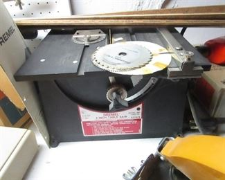 "DREMMEL 4"" TABLE SAW WITH EXTRA BLADES"