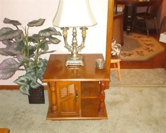 ONE OF A PAIR OF END TABLES AND LAMPS
