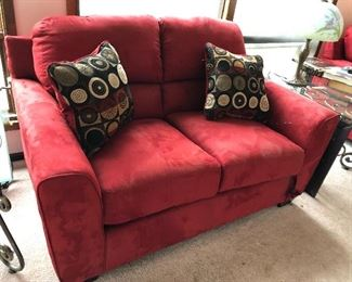Loveseat, 2