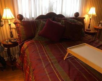 Queen mattress set and bedframe