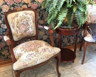 (4) total armchairs