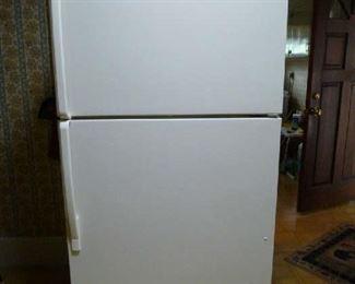 Whirlpool refrigerator 33x30x66