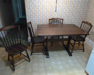 Hitchcock table and 4 chairs