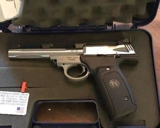 Smith & Wesson 22