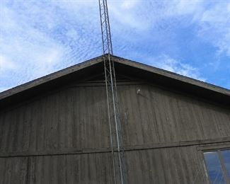 antenna tower and antenna (you must remove)