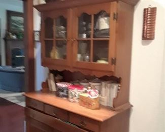 Maple hutch is in good condition $75