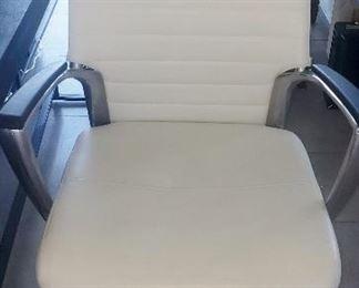 Laatu high back office chair